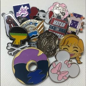 Disney Pin Lot!